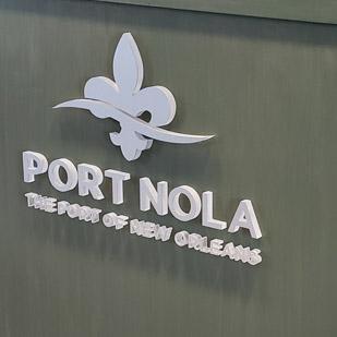 port of new orleans branded podium 3d signage